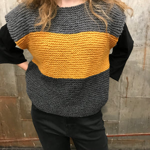 New Local Hand Knit Top Medium