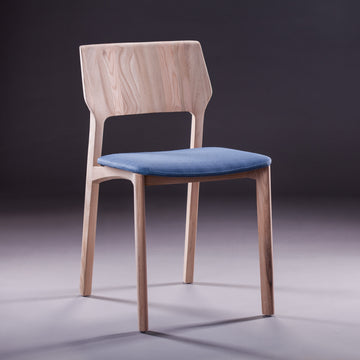 FIN chair Upholstered