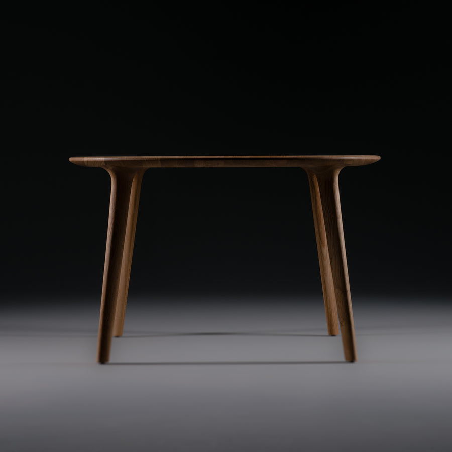 LUC Table Square