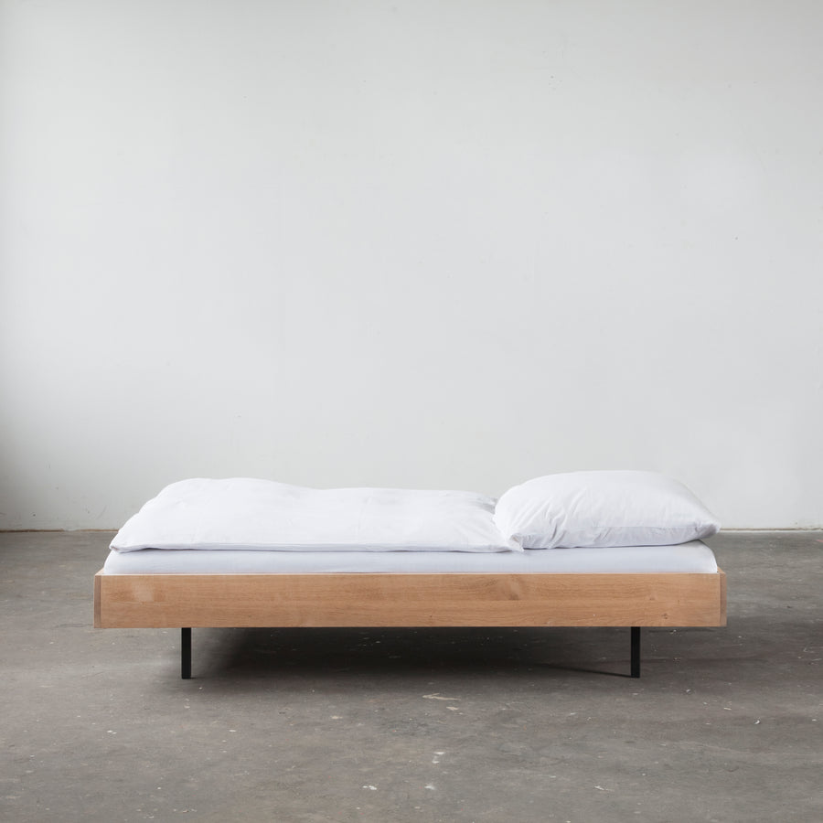Unidorm Bed without Headboard