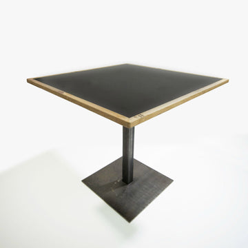 Black/White Table