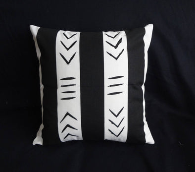 Set of 2 Black & White Handpainted Mudcloth-Inspired Pillows 18 x 18""