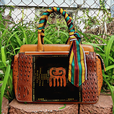 Duafe Handpainted Handbag with Wrapped Kente Handle