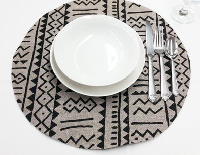 Round Grey Burlap Print Placemat 16-inch