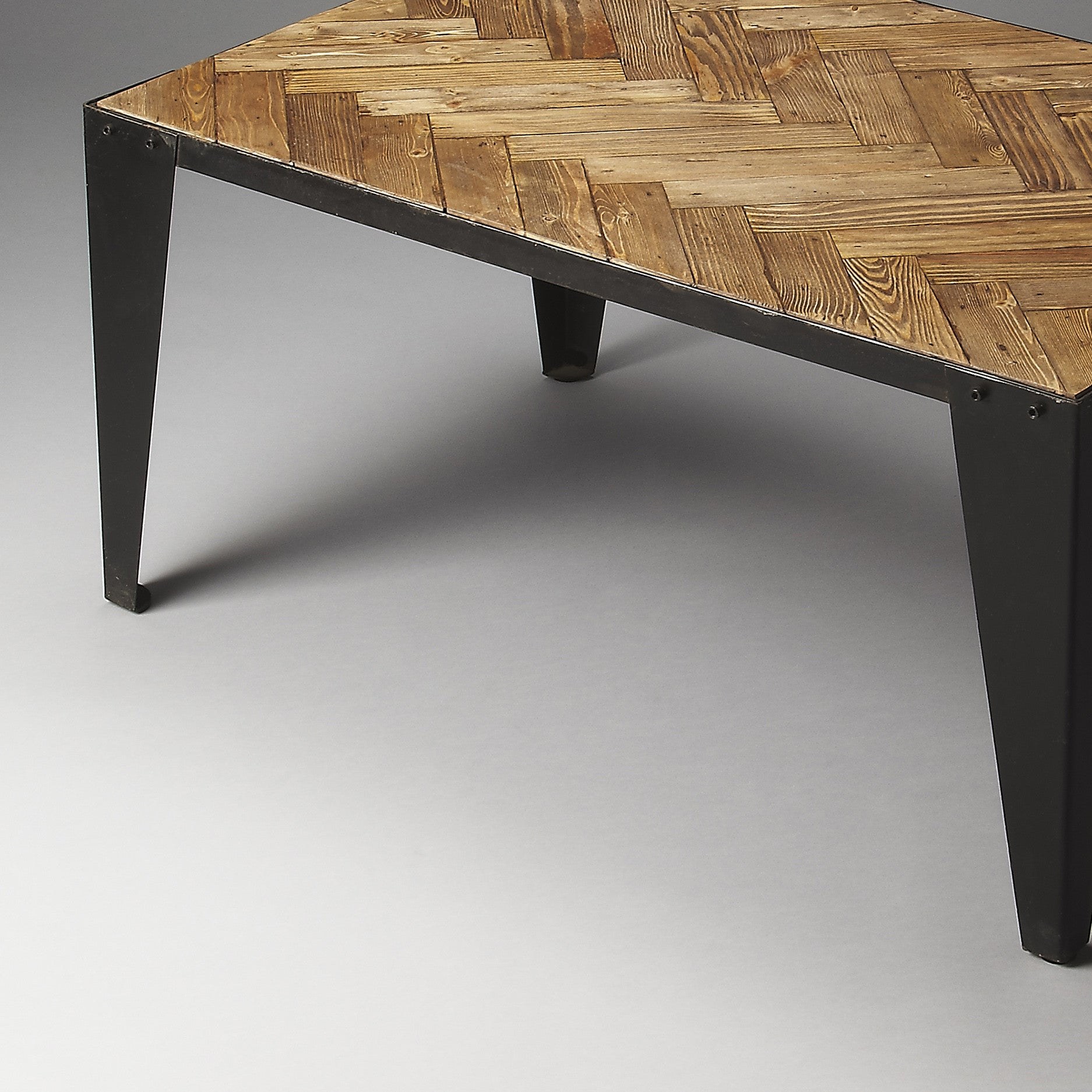 Medieval style furniture and decor woodwaves industrial modern rustic farmhouse metal and wood coffee table geotapseo Images
