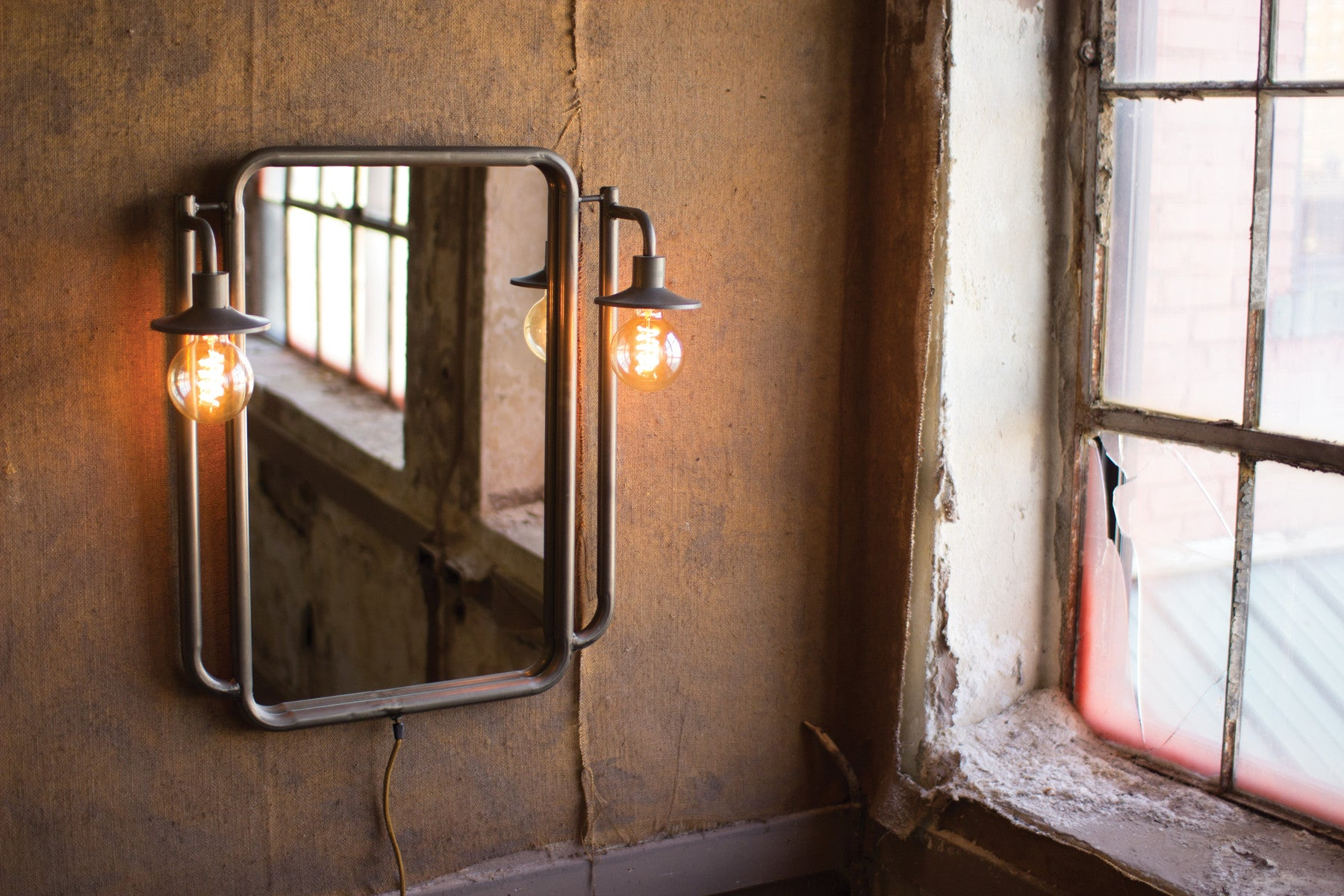 Industrial Modern Mirror With Two Lamps