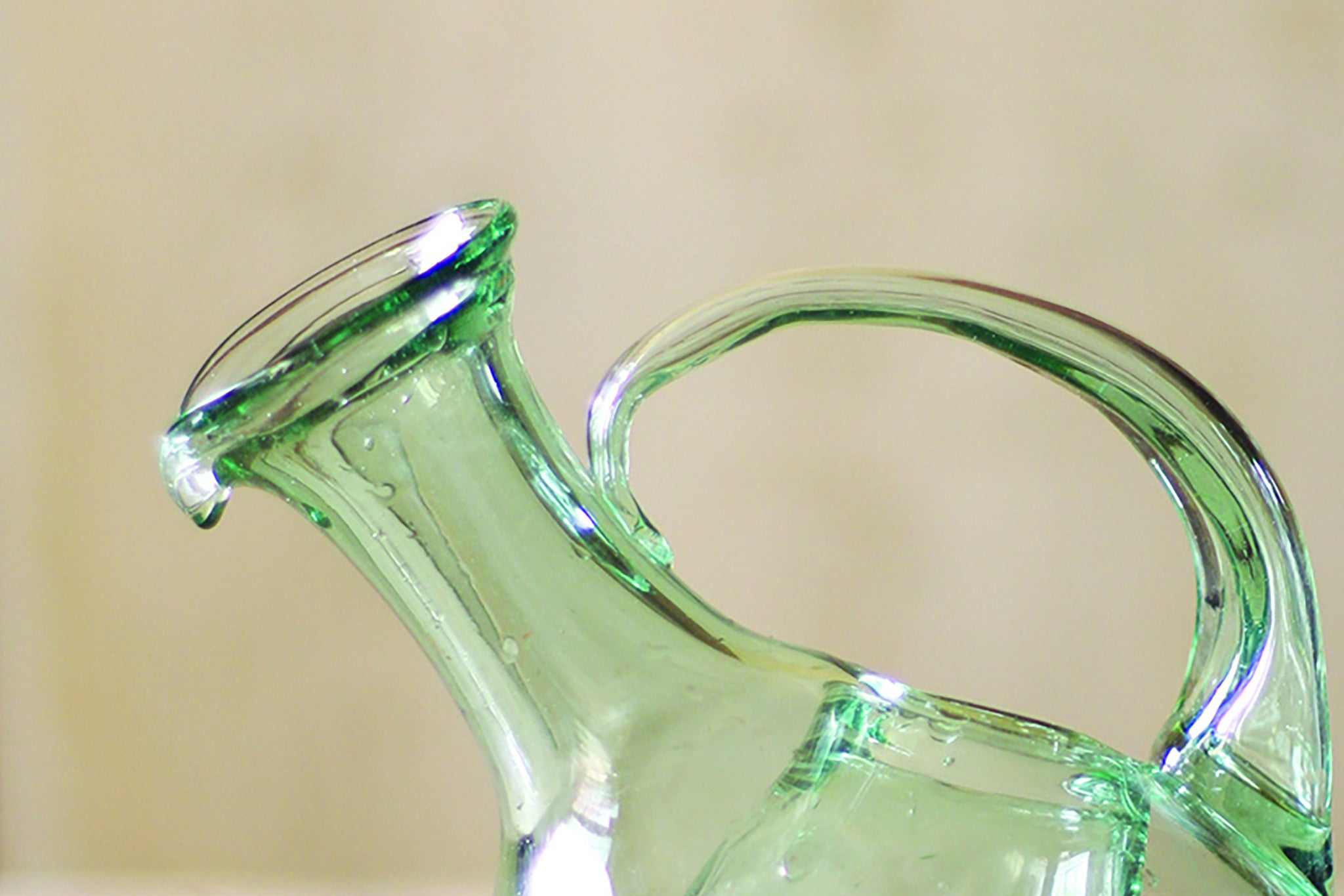 Modern Tilted Glass Wine Decanter With Ice Pocket