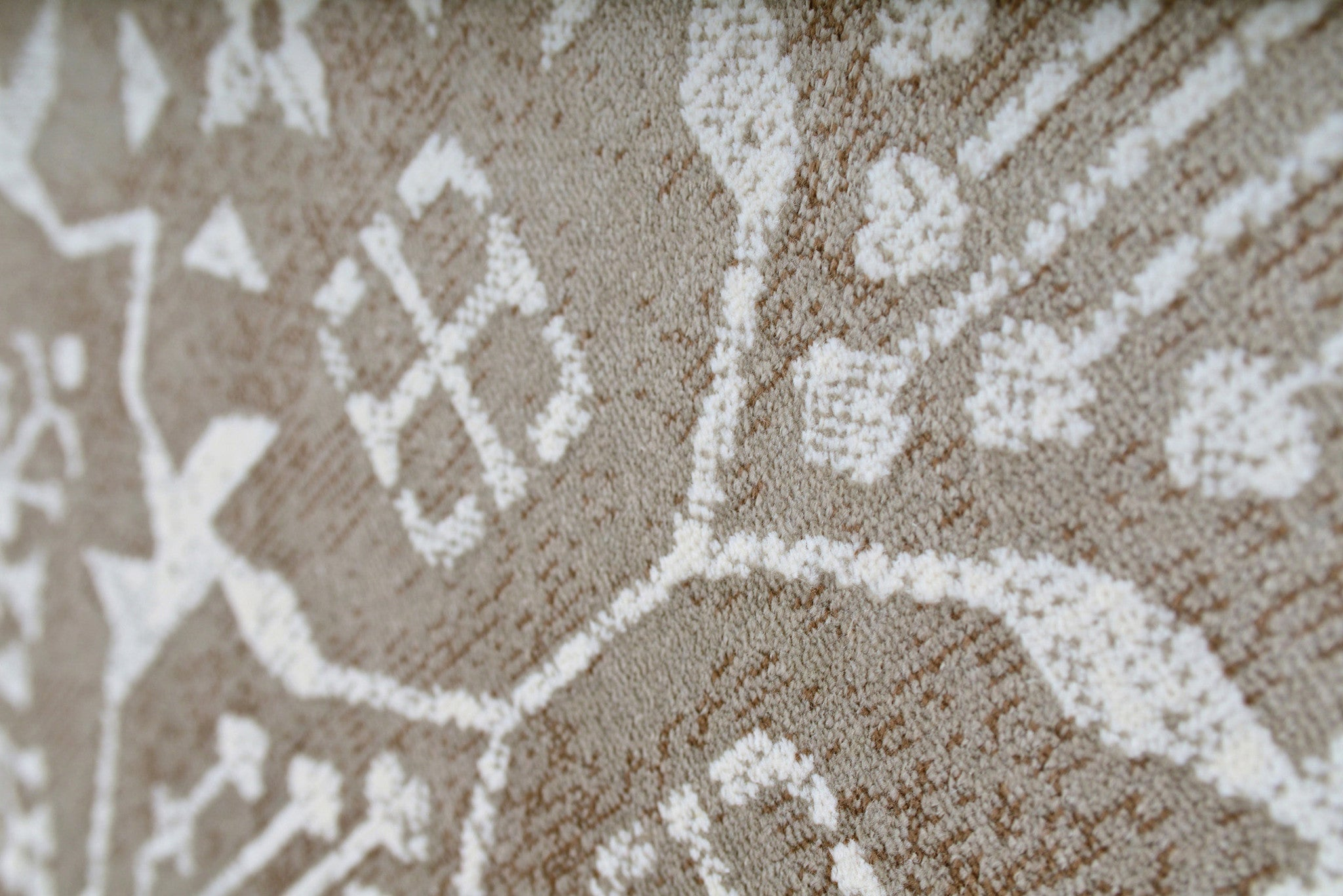 Faded Silver Gray And White Worn Fringe Area Rug Woodwaves