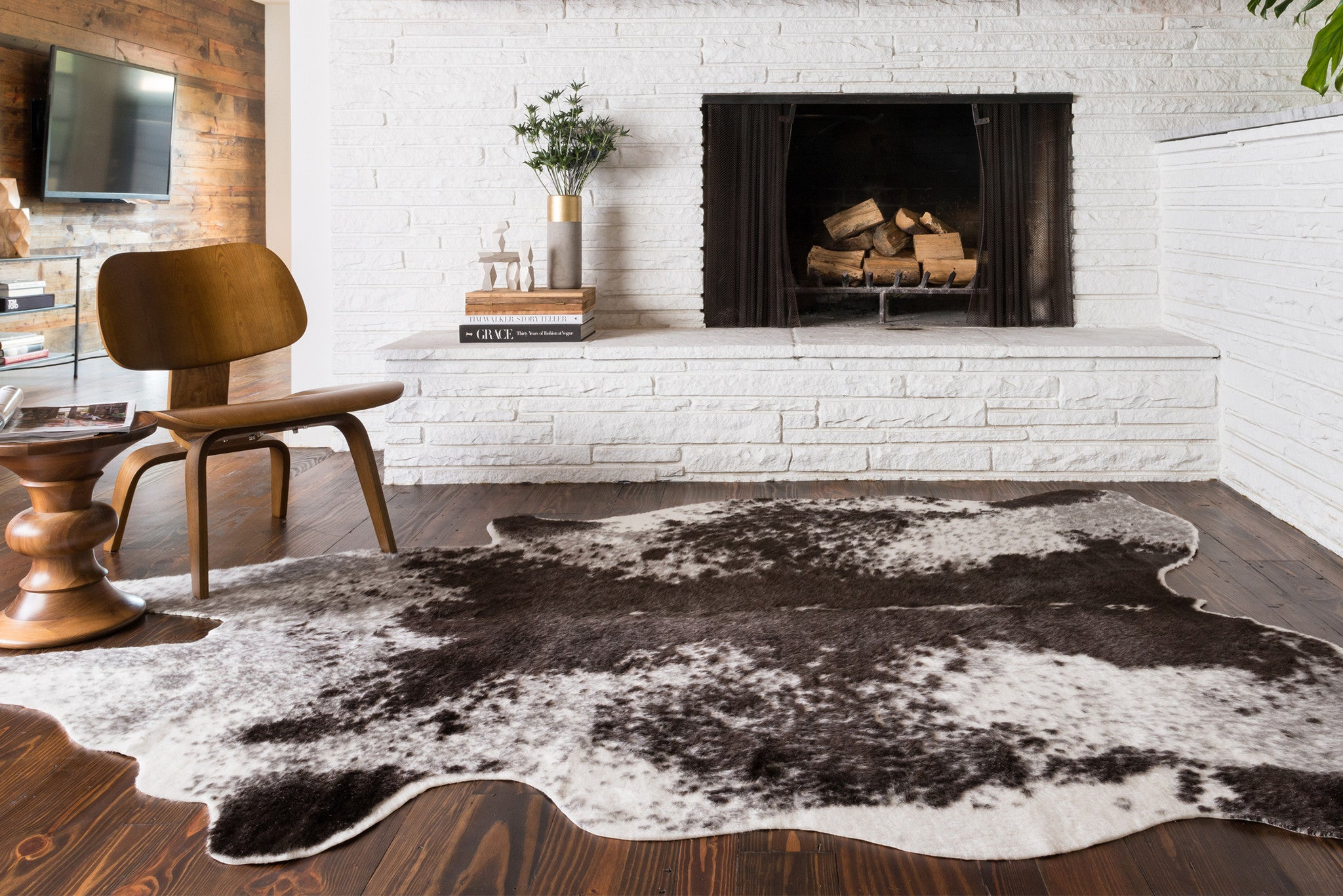 Nice Black U0026 White Cowhide Rug