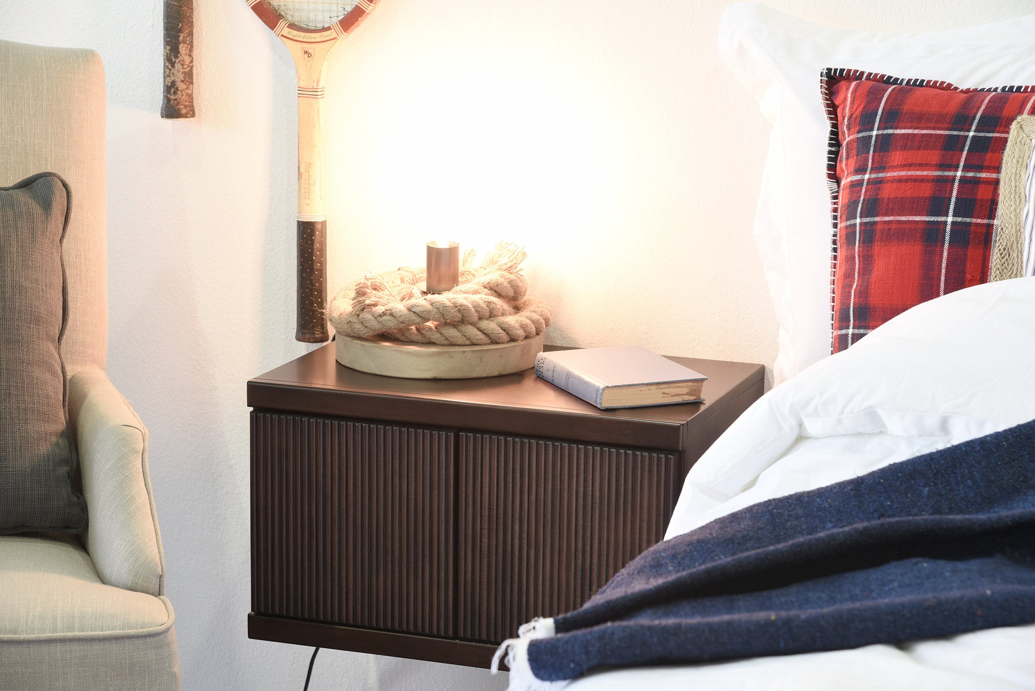 Hanging Floating Wall Mount Nightstand - Curve - Espresso - Woodwaves