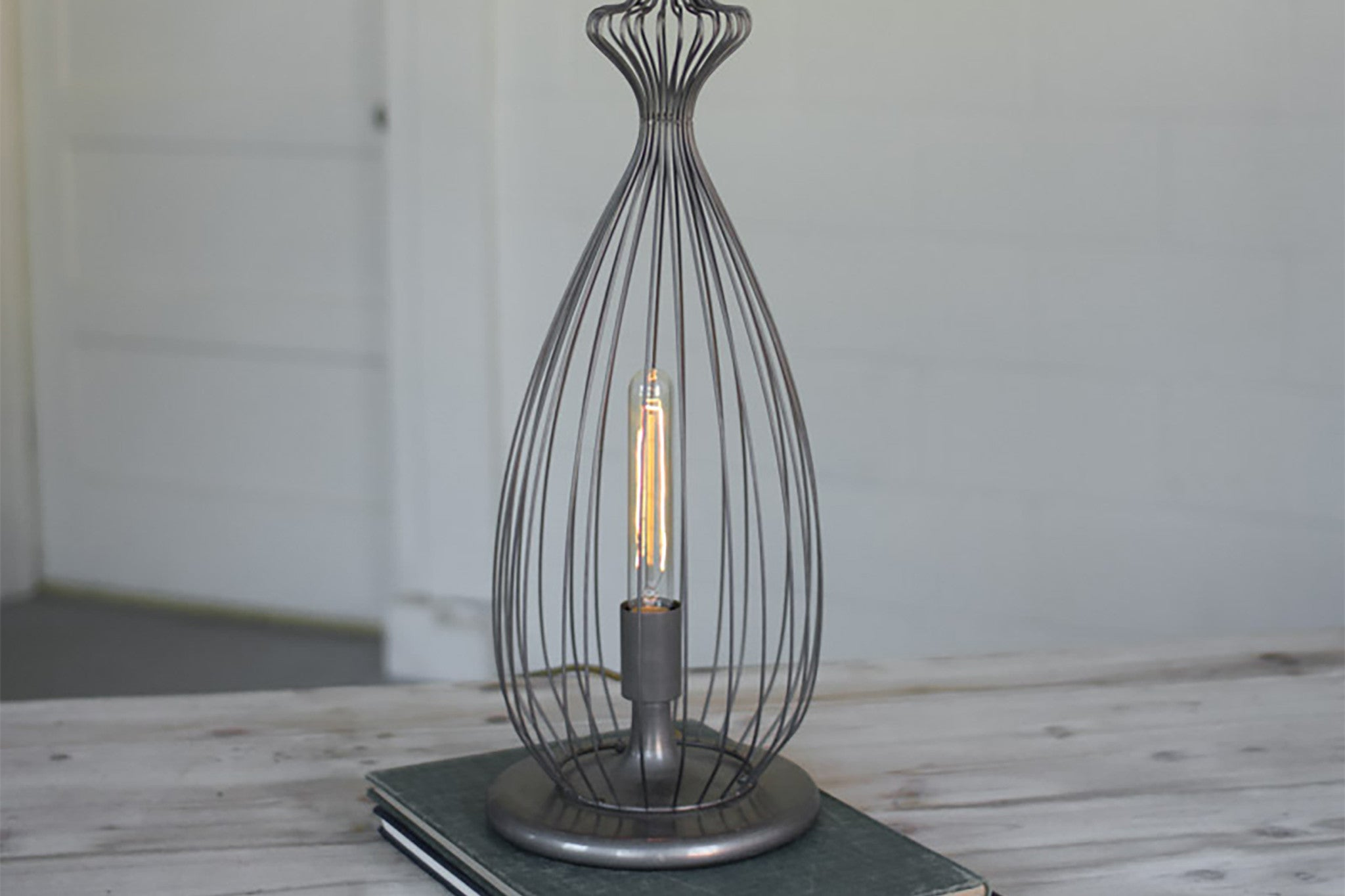 Metal wire industrial modern edison table lamp woodwaves metal wire industrial modern edison table lamp greentooth