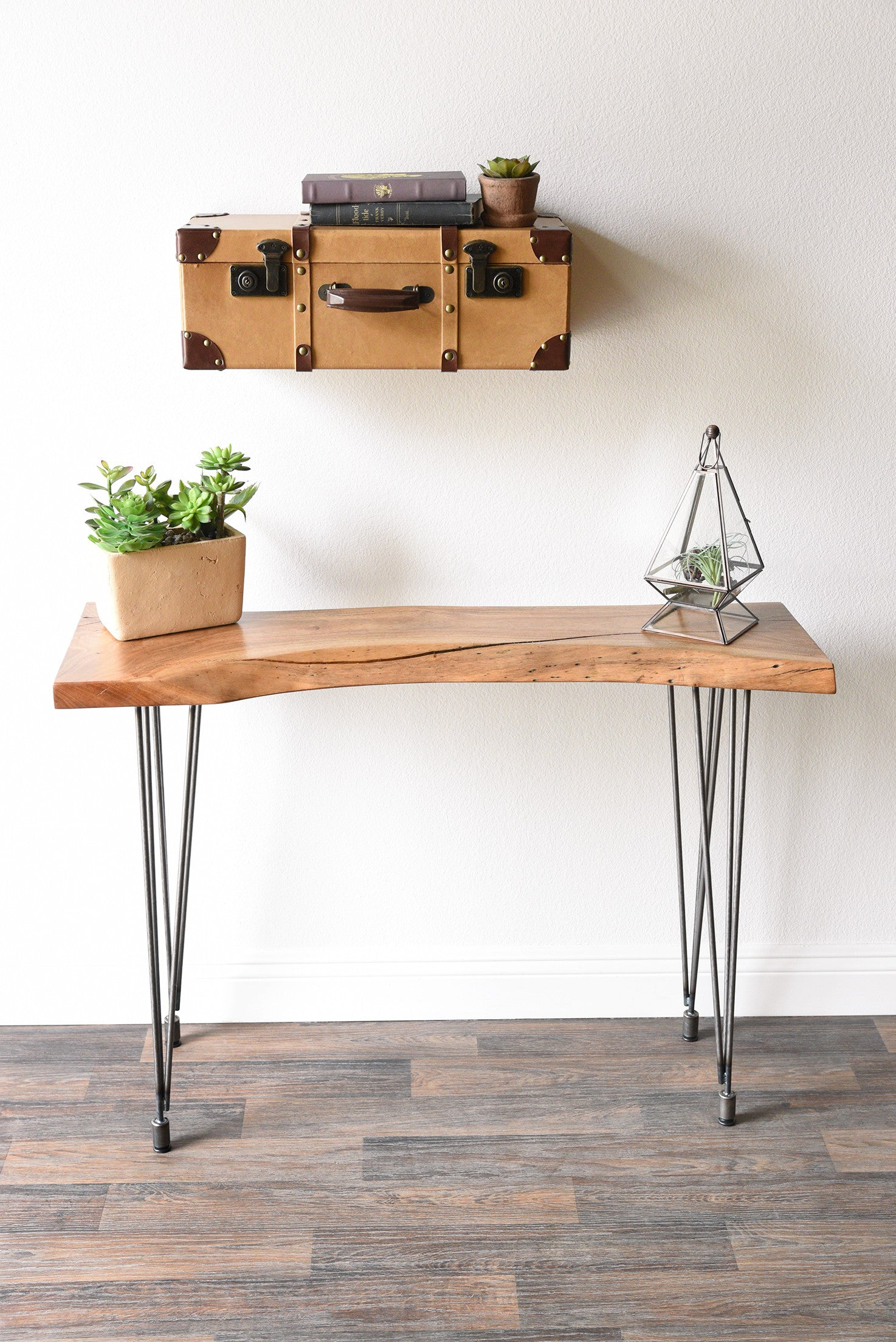Vintage Suitcase Style Floating Hanging Wall Shelf