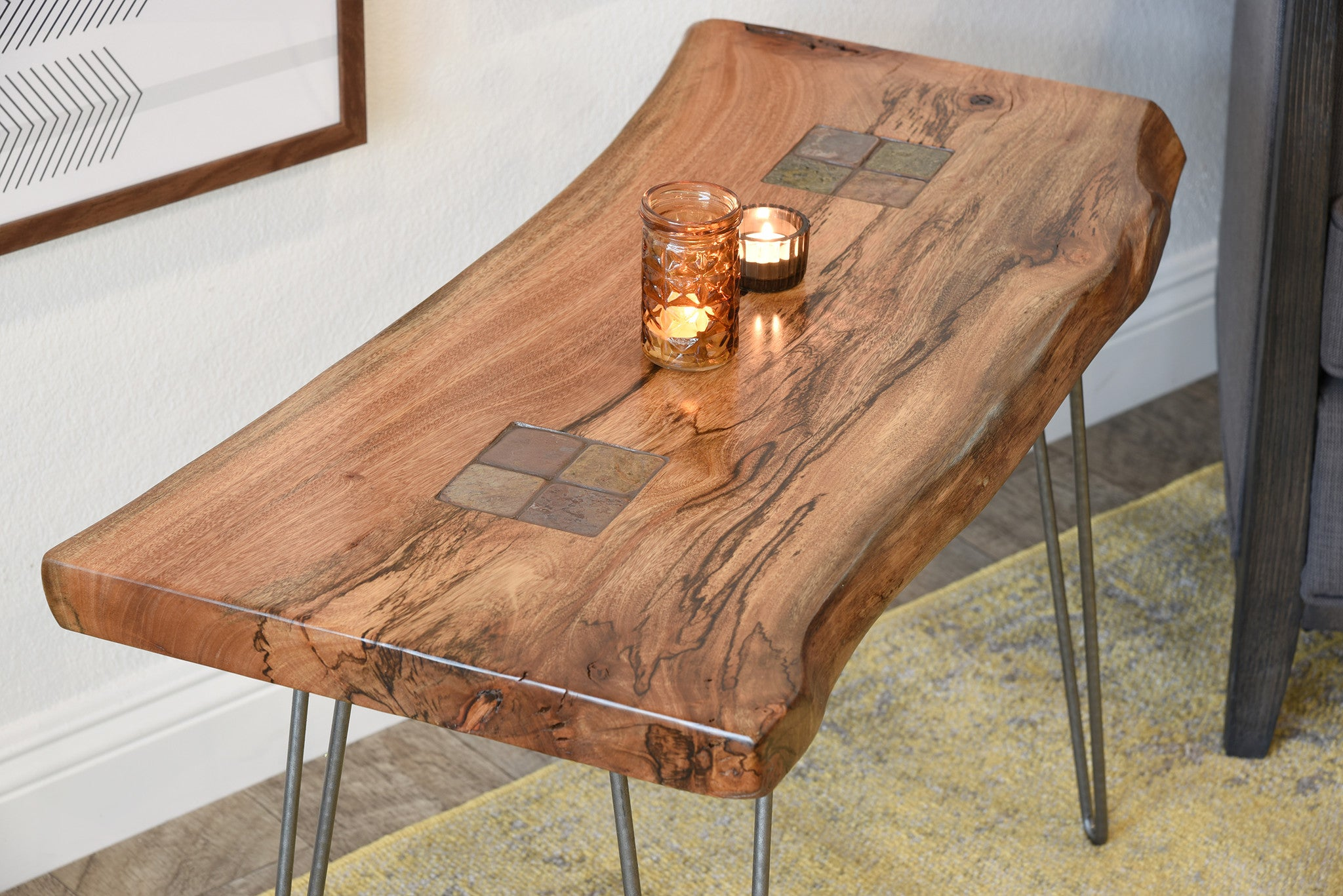 Exceptionnel Reclaimed Live Edge Slab End Table