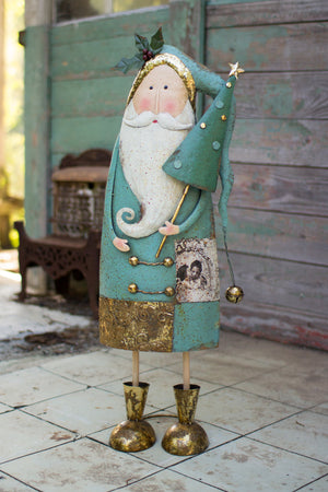 Rustic Farmhouse Metal Santa Décor