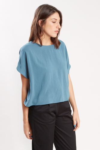 BREEZY CROP (Hazy Blue)