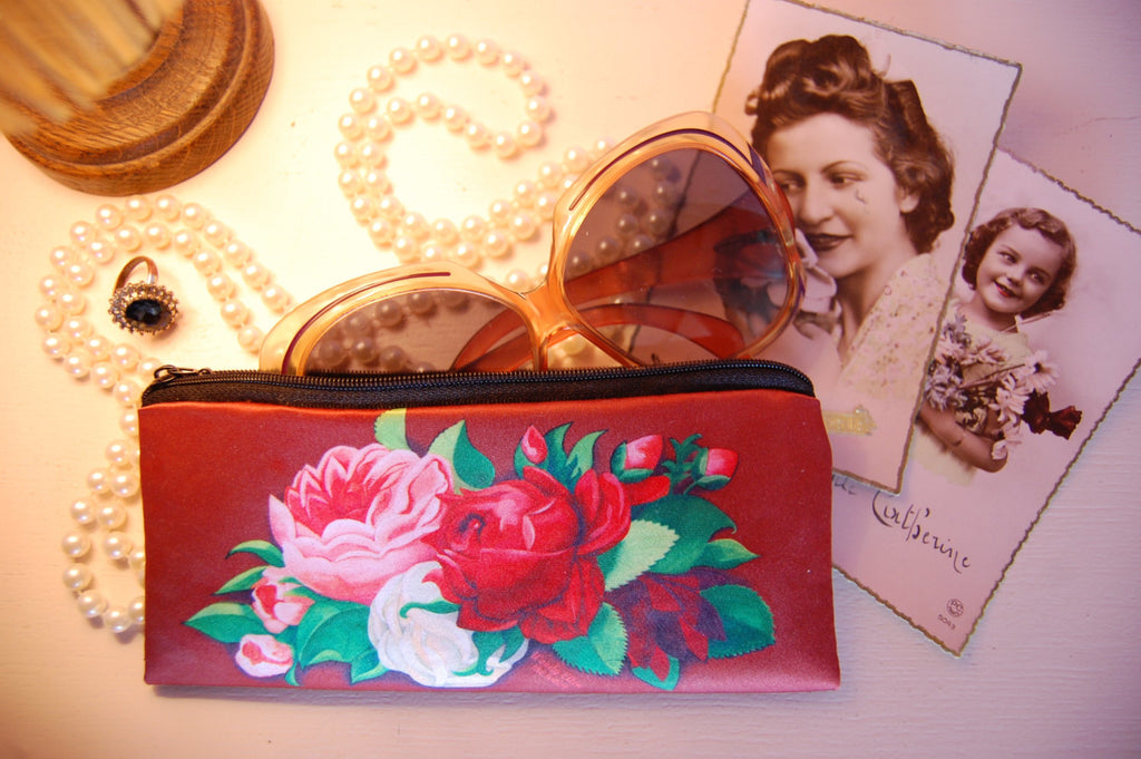 retro pencel bag,vintage pencil bag,Red Paris,gifts,gifts for her,gifts for mom,Woody Ellen handbag,christmas gifts,christmas gift ideas