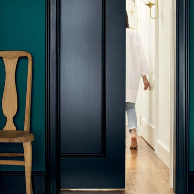 Benjamin Moore's HC-154 Hale Navy on doors & trim.
