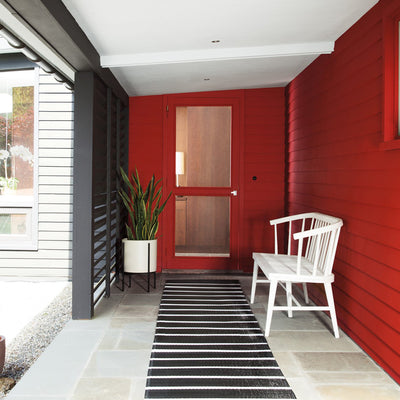 Benjamin Moore's AF-290 Caliente 2018 Color of the Year on exterior home. Shop trend forward and timeless pops of color.
