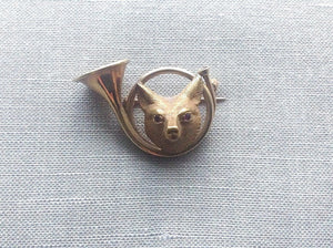 Brooch - Fox Mask and French Hunting Horn Frame -14kt - Vintage