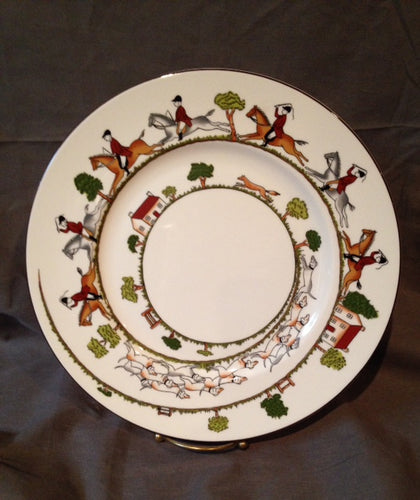 China - Royal Staffordshire - Wedgewood - Hunt Scene - 10 1/2