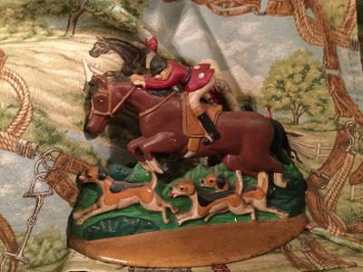 Doorstop Vintage Huntsman on Horse Back with Hounds