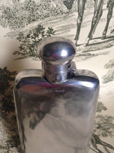Flask - Sterling Silver - George V Period c. 1918 - Colen Hewer -  Gentleman's Flask - Chester, England