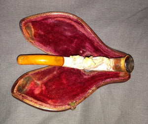Pipe - Meerschaum - Foxes - Leather Case