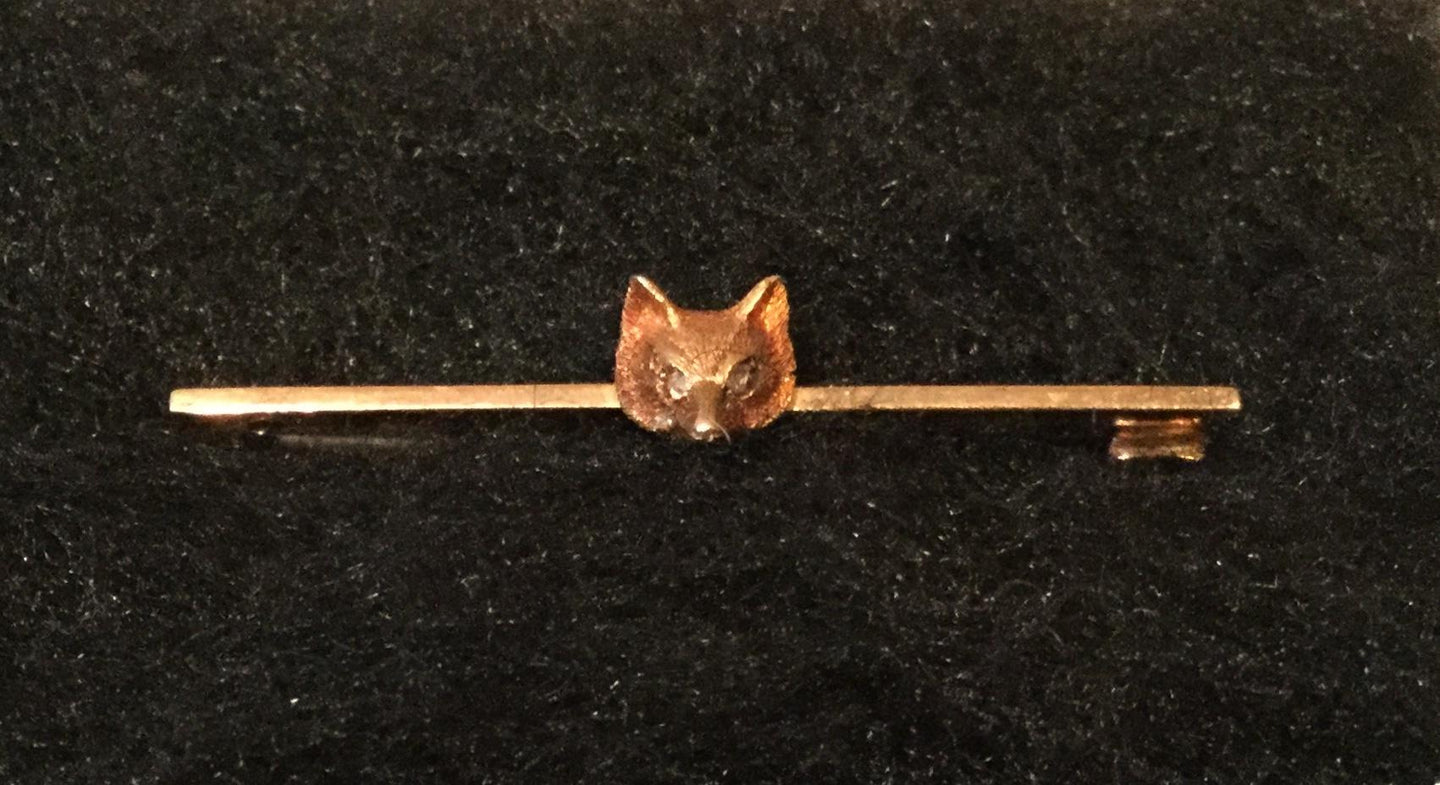 Stock Pin Vintage 15 ct Rose Gold with Diamond Eyes Fox Mask