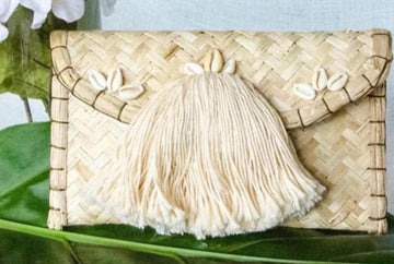 NATURAL WICKER ENVELOPE BAG
