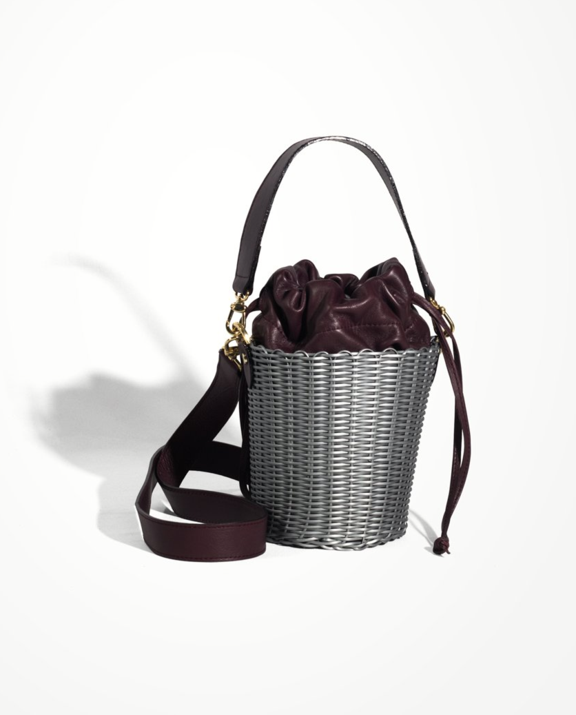 WOVEN LEATHER BUCKET - PLATA/ORO