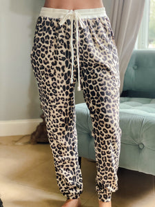 Leopard Thermal Pocketed Joggers