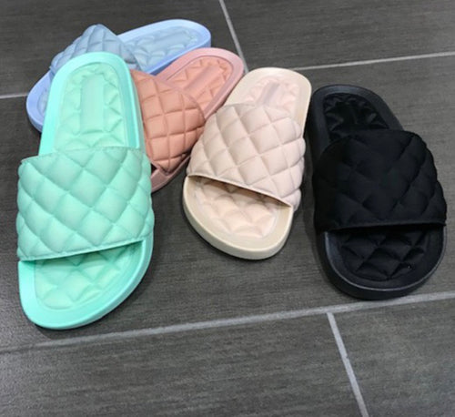 Quincy Quilted Slides