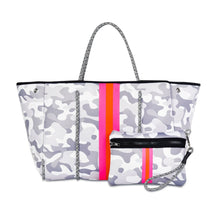 Pink Camo Neoprene Bag