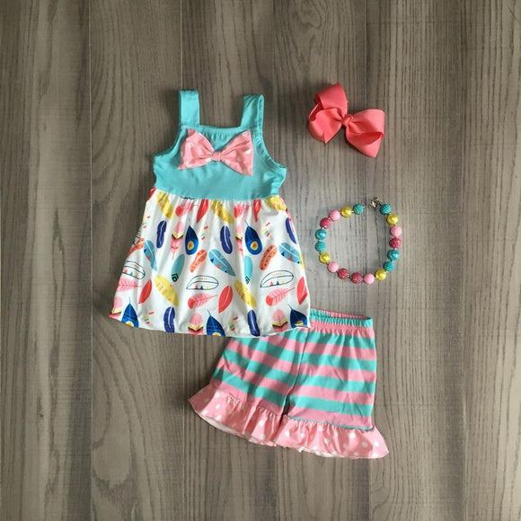 Feather Print Bowknot Top W/ Matching Ruffle Shorts, Bow & Necklace