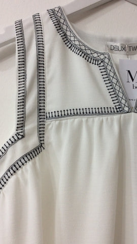 Moo Boutique Sleeveless Blouse