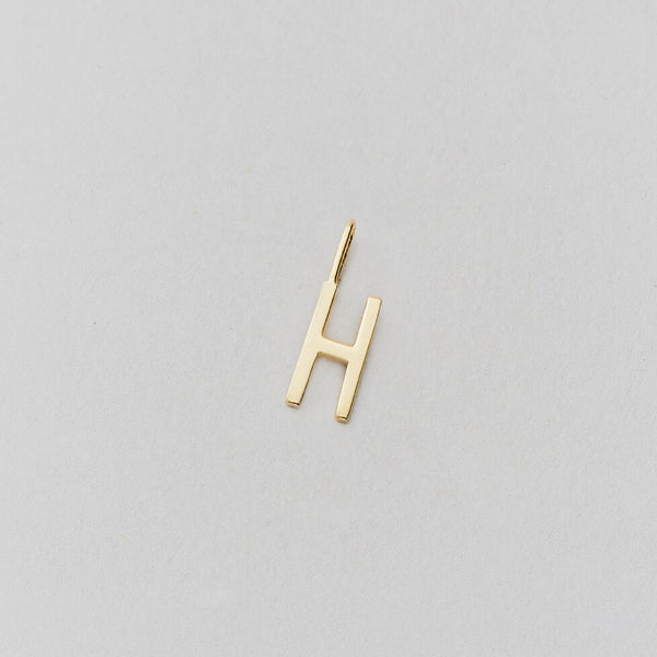 Design Letters Archetype Letter Charms 10mm, A-Z, Gold
