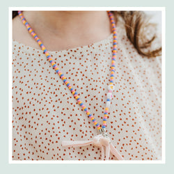 JOY Versi Kids Face Mask Chain, Pink + Orange + Blue