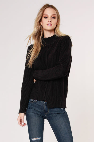 STEP HEM FRAYED SWEATER
