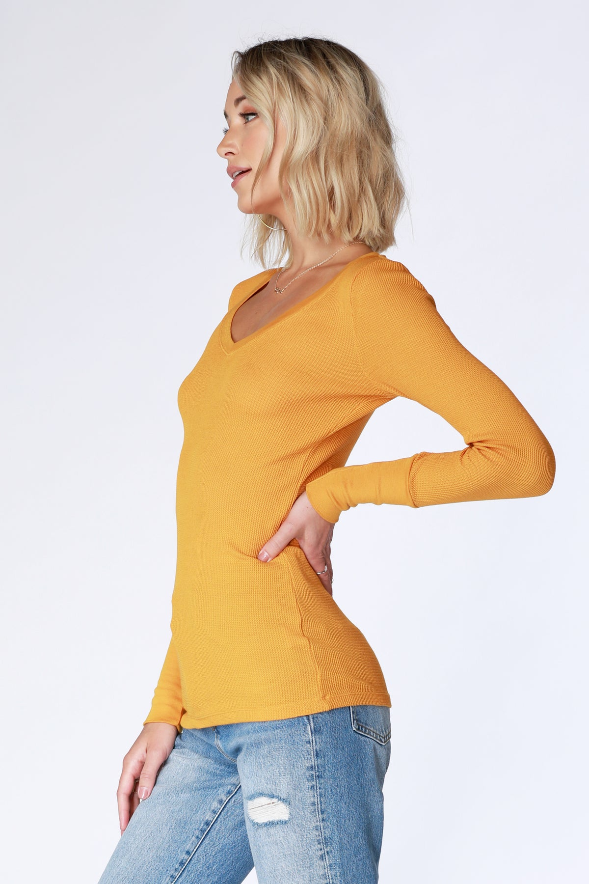 V-Neck Thermal - bobi Los Angeles