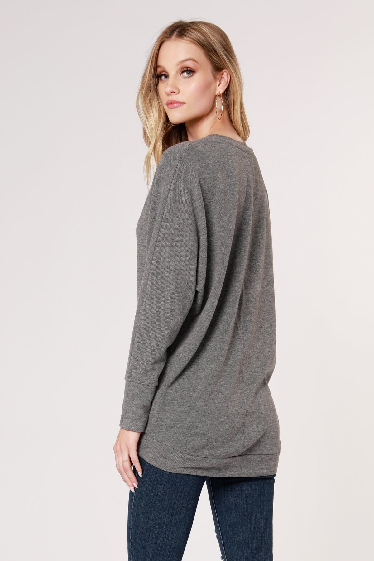 COZY V-NECK DOLMAN TOP