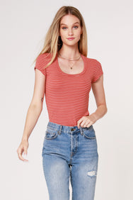 STRIPE SCOOP TEE