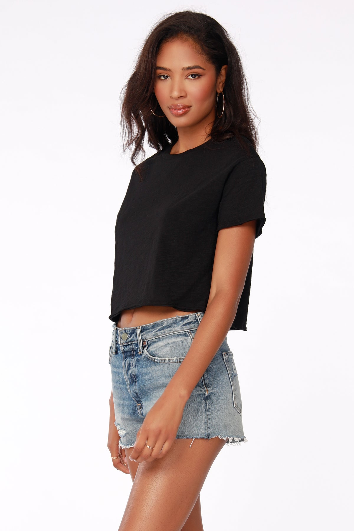 CROPPED CREWNECK TEE