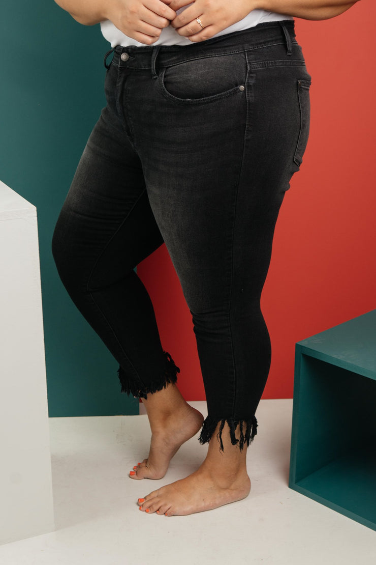 A Shred Of Confidence Black Jeans - Women's Clothing AfterPay Sezzle KanCan Judy Blue Simply Sass Boutique