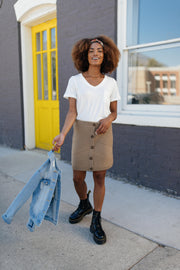 Essential V-Neck Tee In Ivory - Women's Clothing AfterPay Sezzle KanCan Judy Blue Simply Sass Boutique