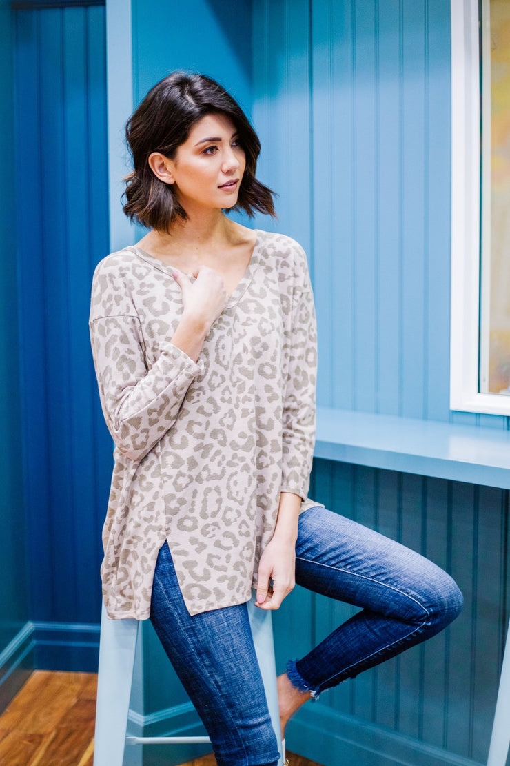 Cat And Mouse Spotted Top - Women's Clothing AfterPay Sezzle KanCan Judy Blue Simply Sass Boutique