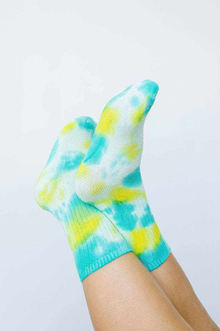 Happy Feet Tie Dye Socks In Lime & Teal - Simply Sass Boutique