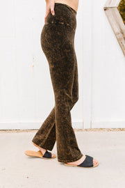 Mountain Pose Mineral Wash Yoga Pants In Brown - Simply Sass Boutique