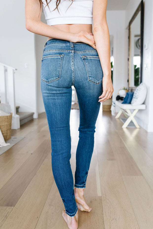 Weak At The Knees Judy Blue Jeans - Women's Clothing AfterPay Sezzle KanCan Judy Blue Simply Sass Boutique