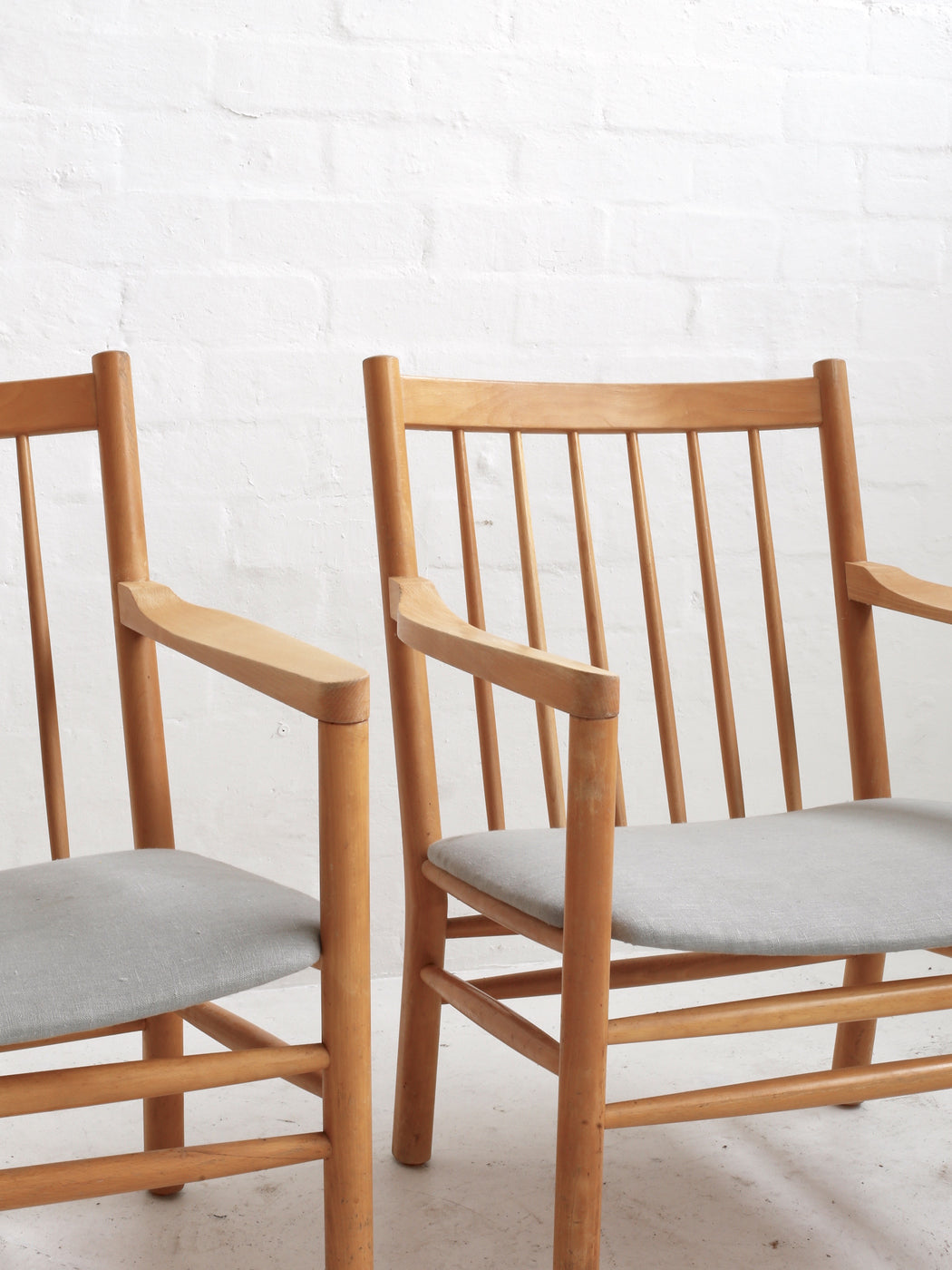 Erik Ole Jørgensen 'Model J147' Chairs