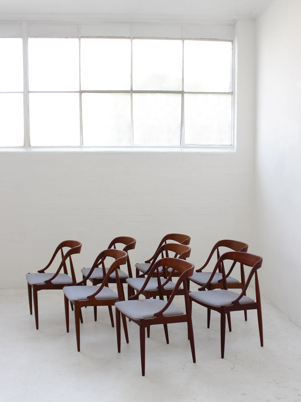 Johannes Andersen 'Model 16' Chairs
